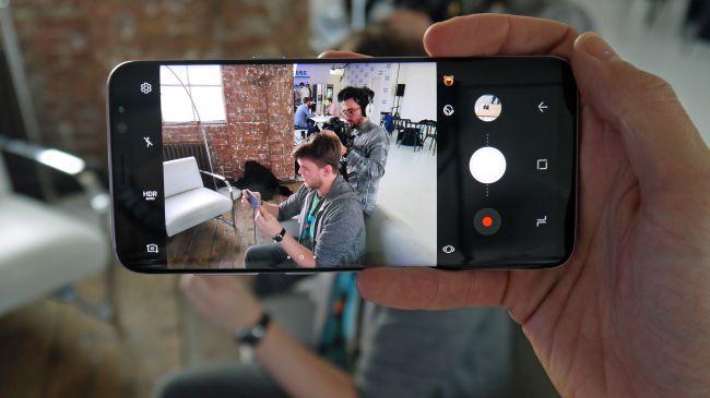 Perbedaan Kamera Samsung Galaxy S8 Dengan Samsung Galaxy S8 Plus